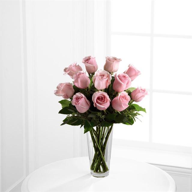 New City Florist Dozen Pink Roses In A Vase